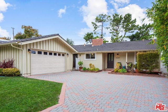 26431 DUNWOOD Road, Rolling Hills Estates, California 90274, 4 Bedrooms Bedrooms, ,2 BathroomsBathrooms,Single family residence,For Sale,DUNWOOD,20588554