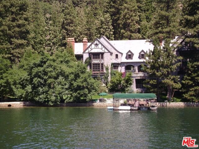 27417 NORTH BAY Road, Lake Arrowhead CA: http://media.crmls.org/mediaz/DB749B5D-B54F-4D8D-AE8C-4C7ED186C219.jpg
