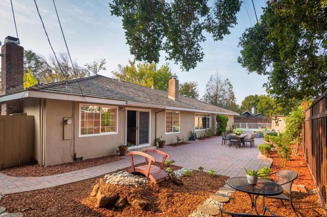691 Templebar Way, Los Altos CA: http://media.crmls.org/mediaz/DBCD1004-49E5-4A8C-BD8A-9F6F1BB236C2.jpg