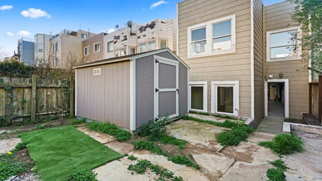 1430 19th Avenue, San Francisco CA: http://media.crmls.org/mediaz/DC72FB5F-4051-40BA-9284-9DB1C68974BB.jpg