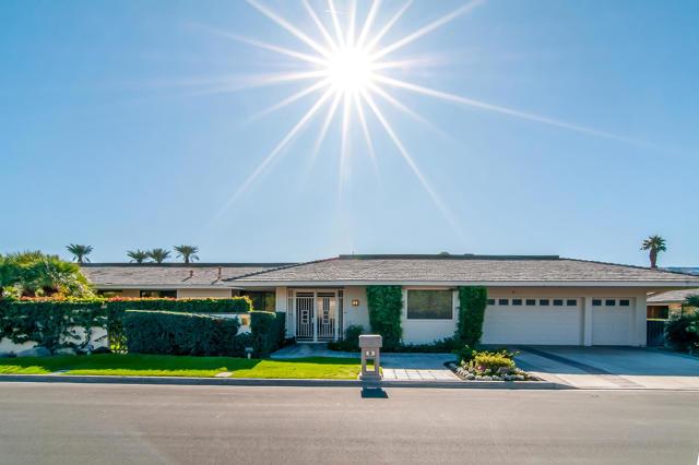 25 Columbia Drive, Rancho Mirage CA: http://media.crmls.org/mediaz/DCC45C06-2422-4CC8-B75C-64A3662B2600.jpg