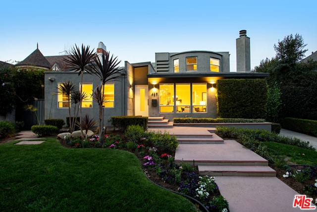 457 24th St, Santa Monica, CA 90402 photo 2