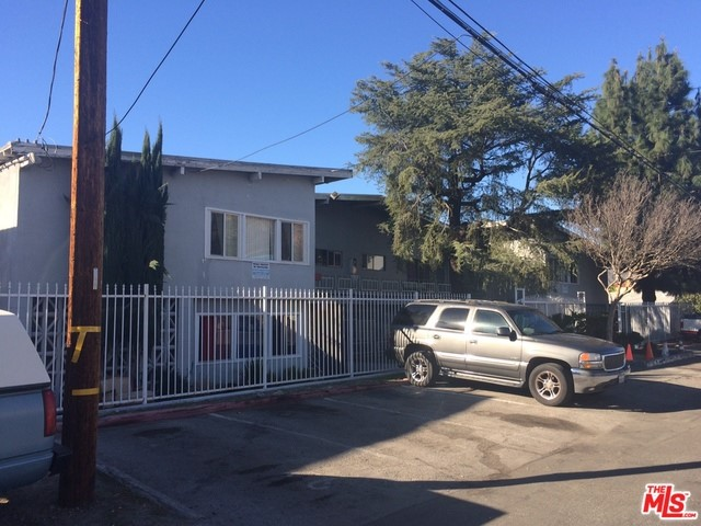 10419 MOUNT GLEASON Avenue Sunland, CA 91040 is listed for sale as MLS Listing 17191602