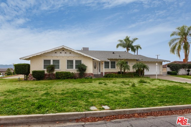 Single Family Home for Rent at 25833 Toluca Drive San Bernardino, California 92404 United States