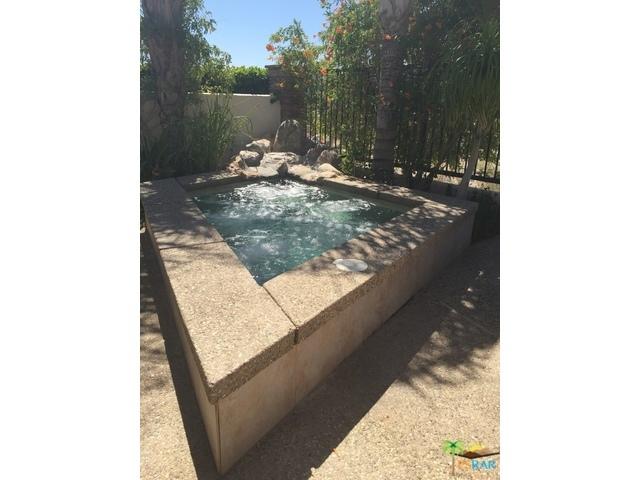 343 BIG CANYON Drive, Palm Springs CA: http://media.crmls.org/mediaz/DDBCC4C5-B83A-4A5B-88A8-8AC410BF83DA.jpg