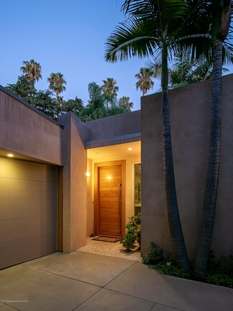 780 S San Rafael Avenue