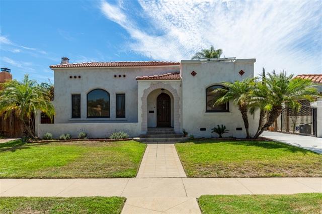 4161 Rochester, San Diego CA: http://media.crmls.org/mediaz/DE73FCD4-75B9-48C8-9E36-C64ABDE55063.jpg