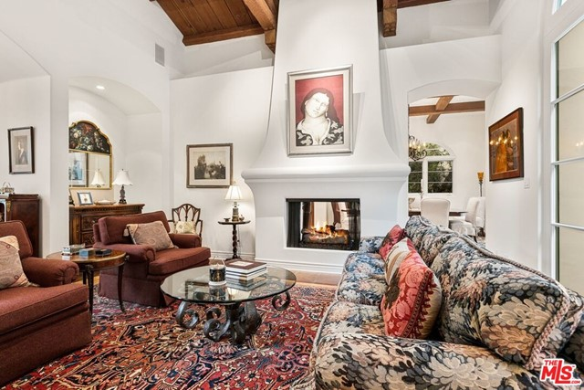 492 Monarch Lane, Santa Barbara CA: http://media.crmls.org/mediaz/DE801200-27AC-4F6C-9273-FDA9F62C292C.jpg
