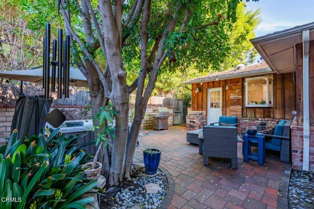 5001 Strohm Avenue, North Hollywood CA: http://media.crmls.org/mediaz/DEC6AD17-7B52-43D0-ACF0-633604FB7918.jpg