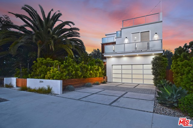 2004 Louella Ave, Venice, CA 90291 photo 3