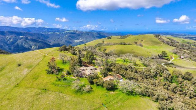 500 El Caminito Road, Carmel Valley CA: http://media.crmls.org/mediaz/DF11E470-2149-48FC-8185-6E28827DC94D.jpg