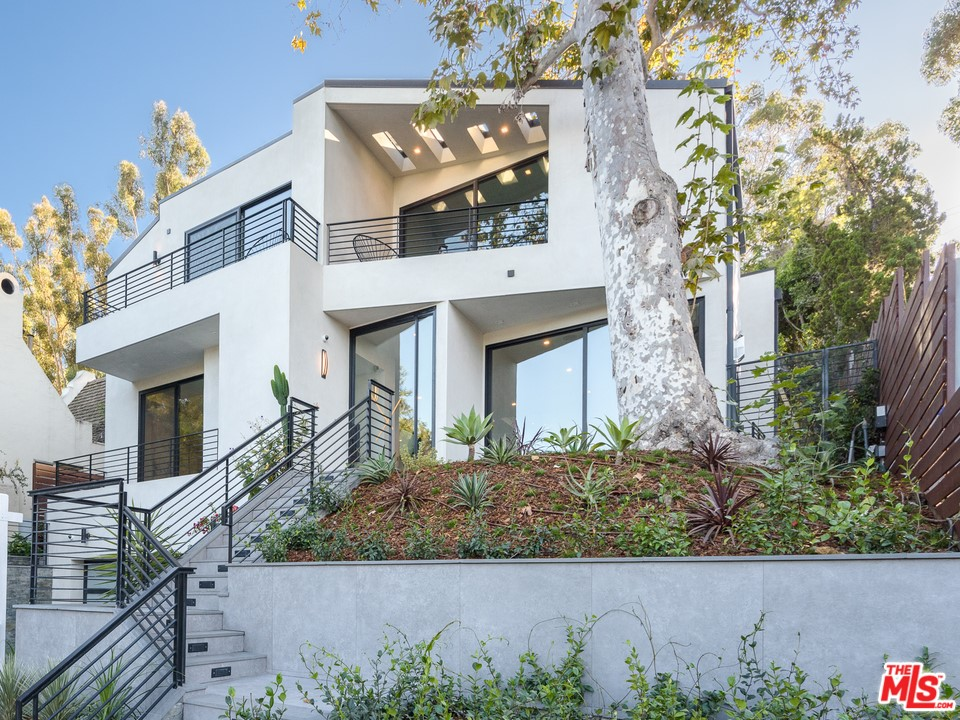 267 BELOIT Avenue #  Los Angeles CA 90049