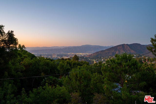 7346 Pacific View Drive  Los Angeles CA 90068