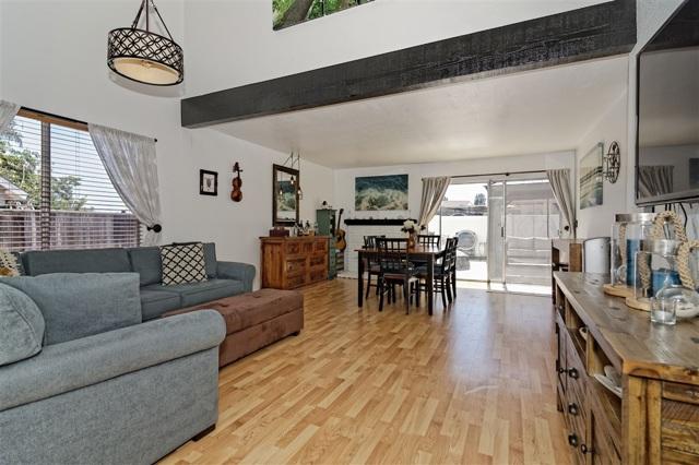 6908 Sandleford Way, San Diego CA: http://media.crmls.org/mediaz/DFC608D0-35C4-4421-BFAC-8CE5F1EA2E2B.jpg