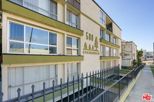 500 Evergreen St 301, Inglewood, CA 90302 photo 1