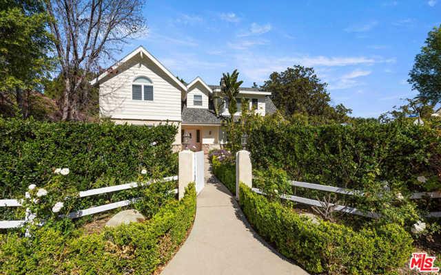 15259 Valley Vista Boulevard  Sherman Oaks CA 91403
