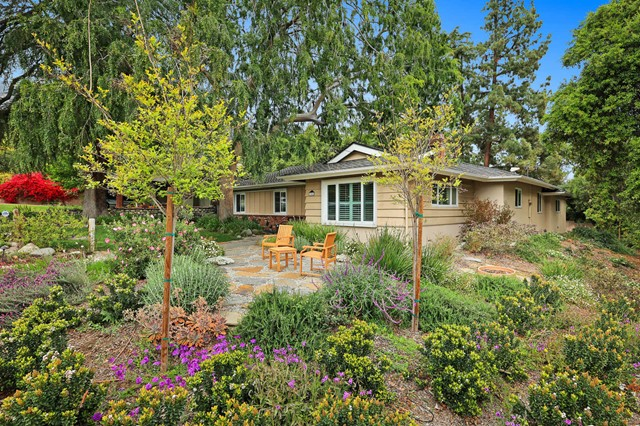 Detail Gallery Image 1 of 39 For 304 N Sunnyside Ave, Sierra Madre,  CA 91024 - 3 Beds | 1 Baths