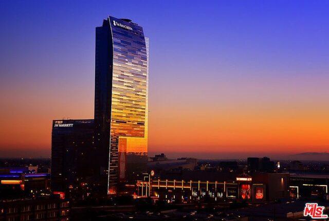 Condominium for Sale at 900 Olympic W Los Angeles, California 90015 United States
