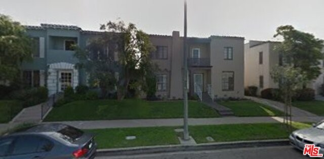 Single Family for Sale at 928 Orange Grove Avenue S Los Angeles, California 90036 United States