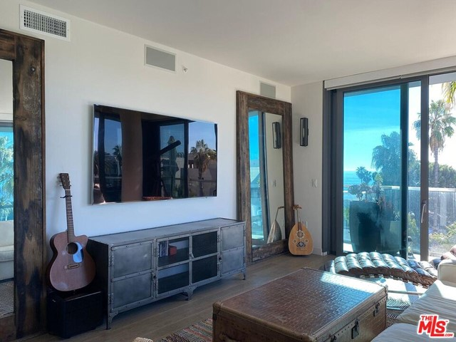 1755 Ocean 610 Santa Monica CA 90401