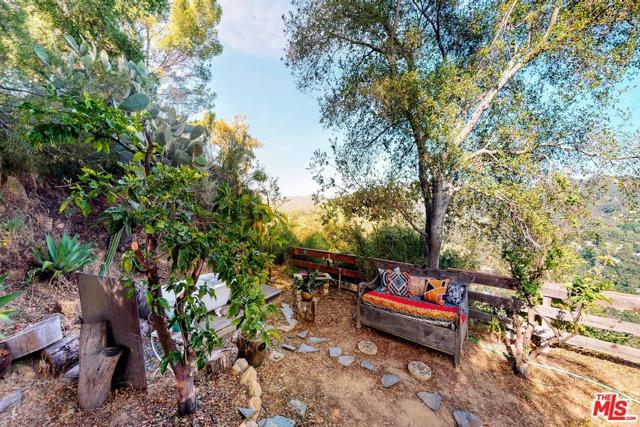 21300 Hillside Dr, Topanga, CA 90290 photo 23
