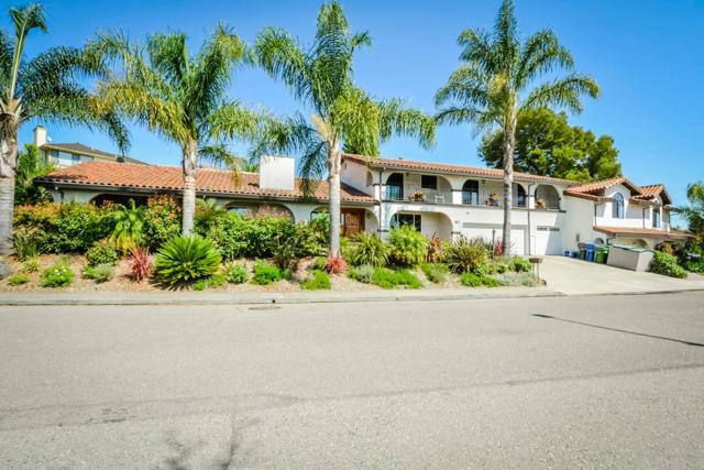 21798 Independent School Road, Castro Valley CA: http://media.crmls.org/mediaz/E23EC27E-4514-4404-ABC1-EA4DBB71F4F6.jpg