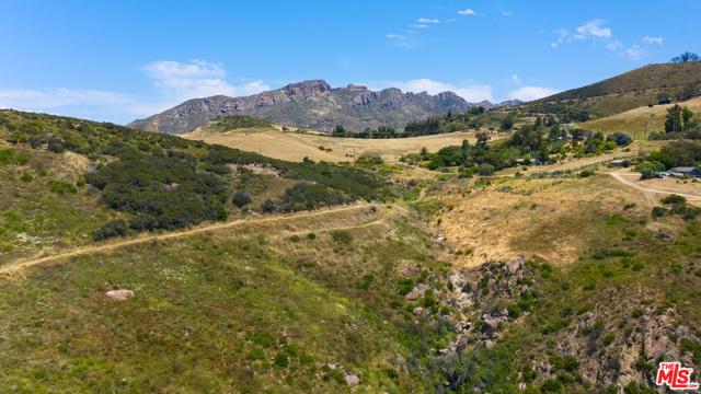 11100 Pacific View Road, Malibu CA: http://media.crmls.org/mediaz/E2466511-F7B1-479F-ADF3-3C2292346B55.jpg