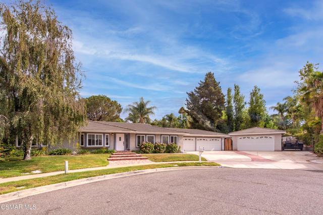 658 Bonwit Place, Simi Valley CA: http://media.crmls.org/mediaz/E2E99650-228E-4342-8B61-86A9C8E2D4F6.jpg
