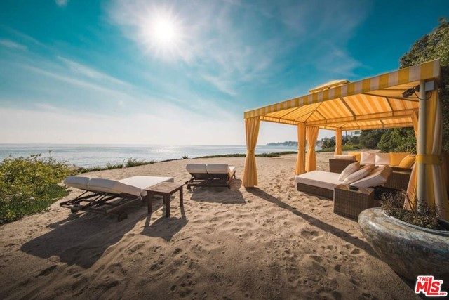 27930 PACIFIC COAST Highway, Malibu, California 90265, 12 Bedrooms Bedrooms, ,14 BathroomsBathrooms,Single family residence,For sale,PACIFIC COAST,20598742