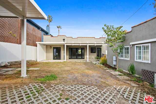 225 5th Ave, Venice, CA 90291 photo 25