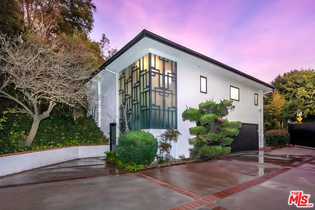 103 N GLENROY Avenue #  Los Angeles CA 90049