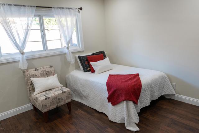 1089 Waverly Heights Drive, Thousand Oaks CA: http://media.crmls.org/mediaz/E353E65B-E22D-44A4-A4A9-897709BD72C6.jpg