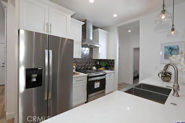5043 Ramsdell Avenue, La Crescenta CA: http://media.crmls.org/mediaz/E35DC5D0-F600-4EE4-826D-7C3FF1CA4E52.jpg