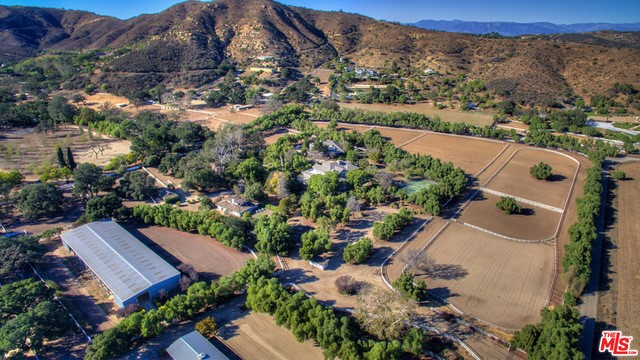 Single Family Home for Sale at 1644 Hidden Valley Road Thousand Oaks, California 91361 United States