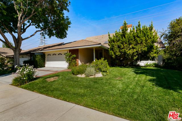 Photo of 25228 Avenida Rotella, Santa Clarita, CA 91355