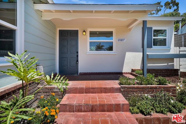 13107 Rose Ave, Los Angeles, CA 90066 photo 12