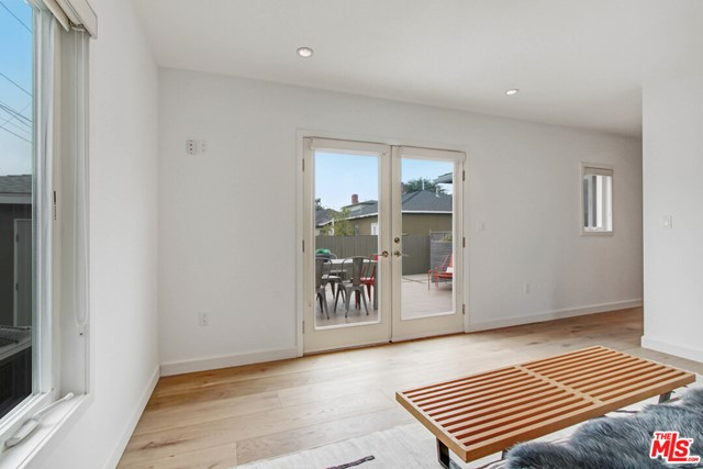12612 Rose Ave, Los Angeles, CA 90066 photo 16