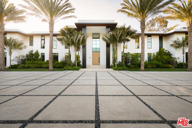 Photo of 1525 San Vicente Boulevard, Santa Monica, CA 90402