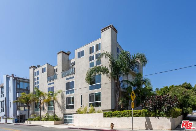 24 Yawl St 3, Marina del Rey, CA 90292