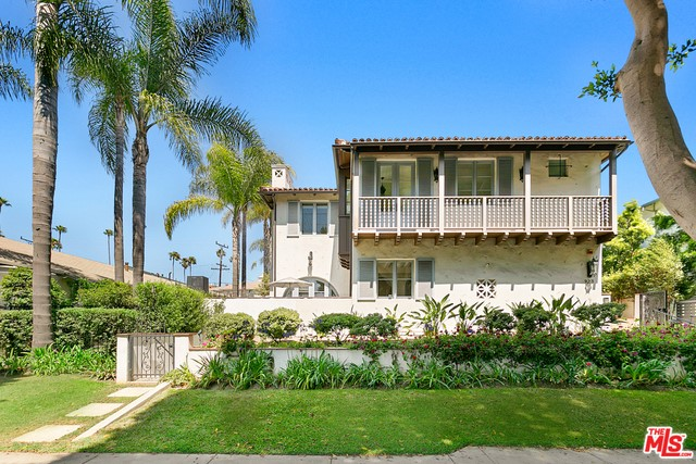923 20TH 2 Santa Monica CA 90403