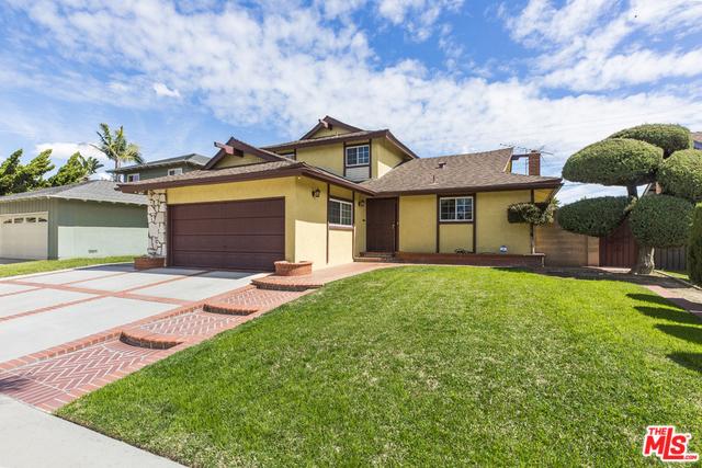 19714 DUNBROOKE Avenue, Carson, California 90746, 4 Bedrooms Bedrooms, ,2 BathroomsBathrooms,Single family residence,For Sale,DUNBROOKE,20566420