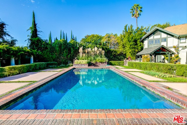 Single Family Home for Sale at 1333 Wentworth Avenue Pasadena, California 91106 United States