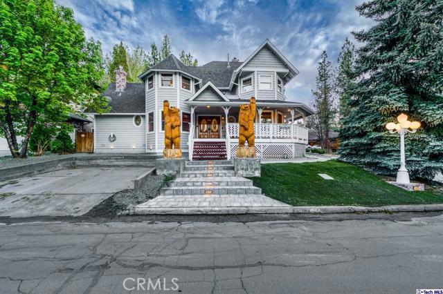 42725 Tannenbaum, Big Bear, California 92315, 6 Bedrooms Bedrooms, ,5 BathroomsBathrooms,Residential,For Sale,Tannenbaum,320006299