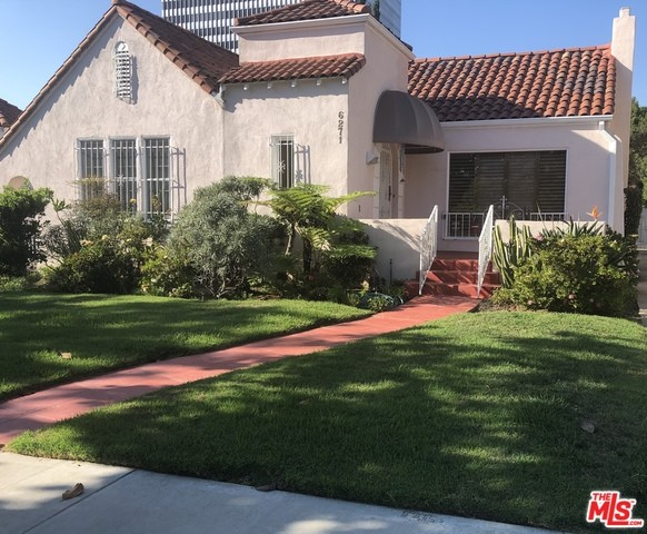 6271 Del Valle Drive #  Los Angeles CA 90048