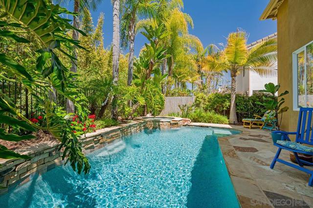 1826 Sea Vista Place, San Marcos CA: http://media.crmls.org/mediaz/E6E1E950-646F-4B6B-A432-5883C9082B79.jpg