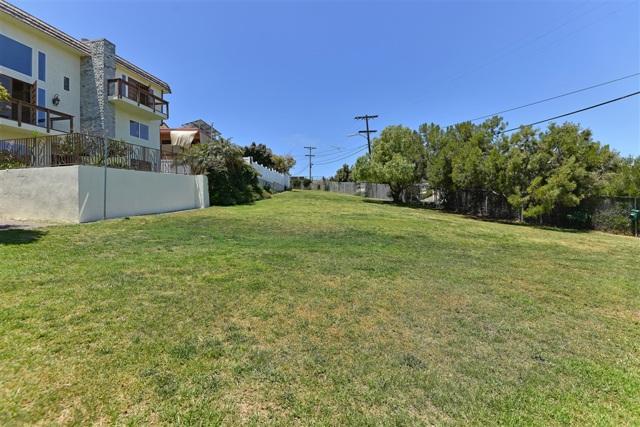 1092 Evergreen, San Diego CA: http://media.crmls.org/mediaz/E6F473EF-1A6F-41C4-ABD2-092786C8C9AC.jpg