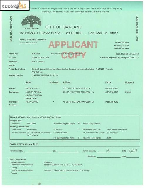 6682 Bancroft Ave, Oakland CA: http://media.crmls.org/mediaz/E775E68C-27CC-4914-A44C-6671A2CC74D2.jpg