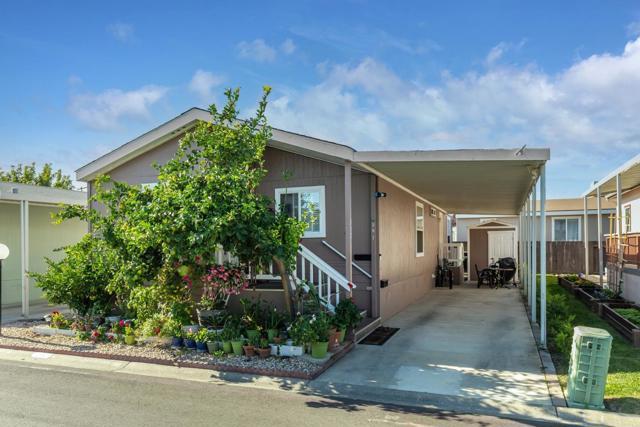 1220 Tasman Drive, Sunnyvale CA: http://media.crmls.org/mediaz/E7BC2A31-31D3-4B2A-8E22-B14866A62C47.jpg