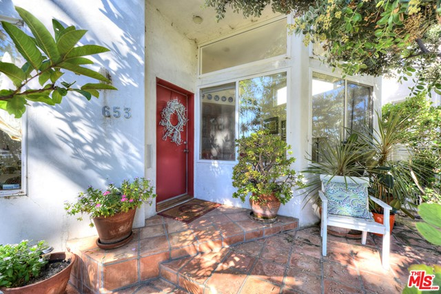 653 Swarthmore Ave, Pacific Palisades, CA 90272