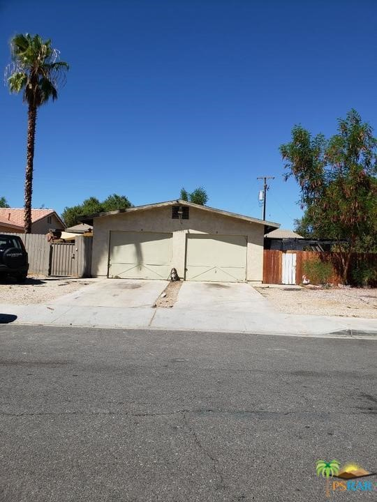 Photo of home for sale at 68780 OLANCHA Road, Cathedral City CA